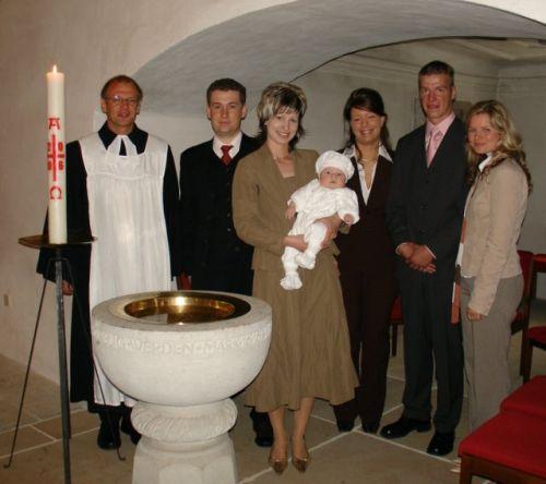 Bebe Curier Botezul Bebelusului
